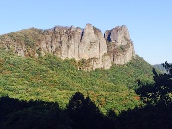 岩山.jpg